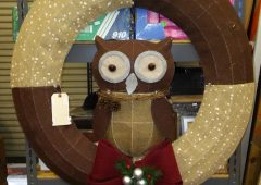 Christmas Pre-Lit Burlap Owl Wreath