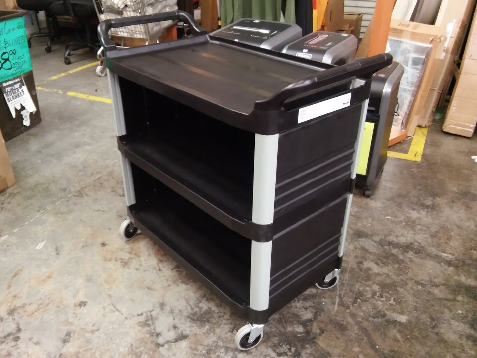Rubbermaid Xtra Utility Cart With Enclosed End Panels And Side In Black