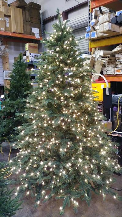 Martha 7 6 Royal Spruce Christmas Tree Pre Lit W 1 100 Surebright Premium Clear Lights